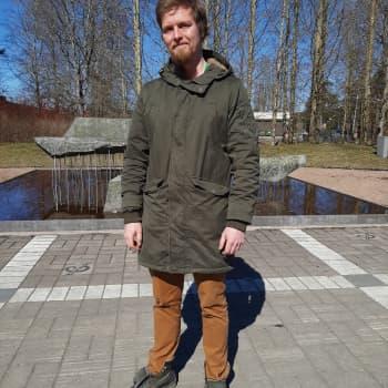 Taiteilija Petri Haavisto dokumentoi koronakevättä suljetussa taidekoulussa