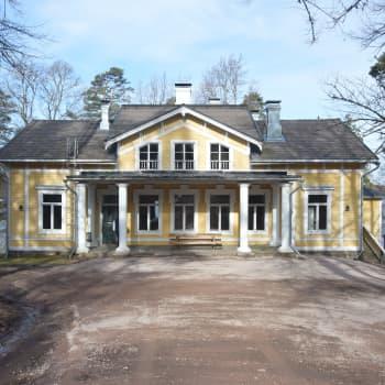 """""""Den svavelgula himlen"""" av Kjell Westö blir film i Raseborg - spelas in i en villa vid Pojoviken"""