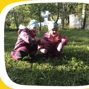 Ella ja Eveliina: Liikunnasta saa energiaa!