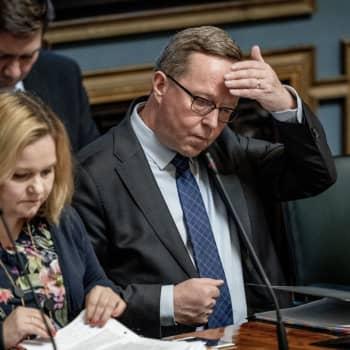 """Elinkeinoministeri Mika Lintilä:"""" Yrittäjillä on hätä"""""""