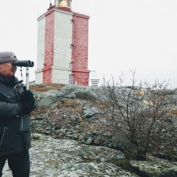 """Majakkafriikki Jorma Tenovuon on pakko saada nähdä kauas: """"En ole metsäsuomalainen, ahdistun metsässä"""""""