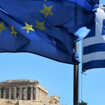 Eteläinen Eurooppa yrittää päästä velkakriisin varjosta