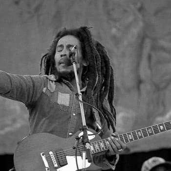 Bob Marley 75 – nyt laululyriikoiden läpi nähtynä