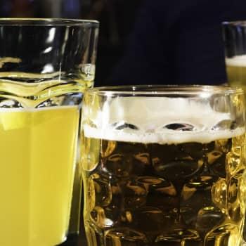 Olut, kalja, keppana, bisse, bisoshofen – Oispa kaljaa -näyttelyssä esillä oluen kulttuurihistoria