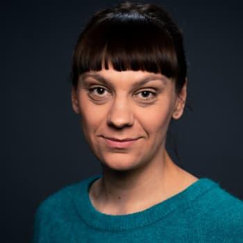 Jenny Matikainen: Tiedän kaksi paikkaa, jossa lapsista tehtiin politiikkaa – kumpikin esimerkki kylmää