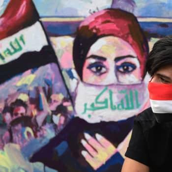 Nuoret vaativat demokratiaa Irakiin