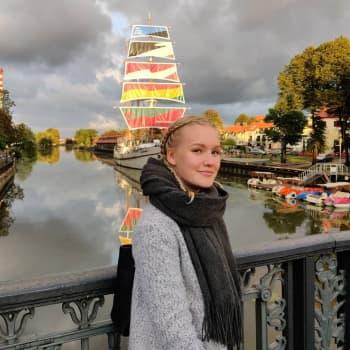 Keväällä ylioppilaaksi kirjoittanut Venla Hatakka Lopelta istuu nyt Itämeren yhteistyöfoorumin hallituksessa