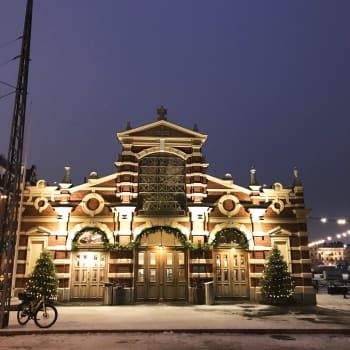 Gamla saluhallen i Helsingfors jubilerar - byggdes av hygienskäl för 130 år sedan