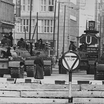 Radiodokumentti: Täällä Berliini! Radion mukana Berliinin muurilla