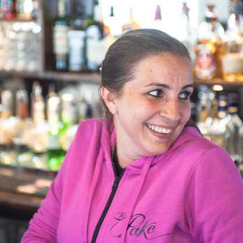 """""""Olen oma itseni, en mitään muuta"""", sanoo ravintoloitsija Katja Koivisto"""