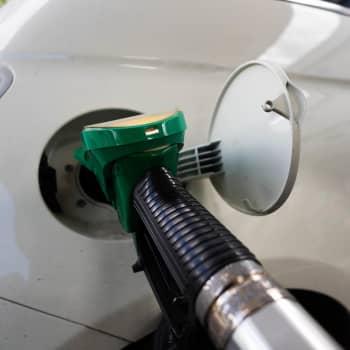Polttoaineiden myyntikiintiöillä liikenteen päästöt kuriin?