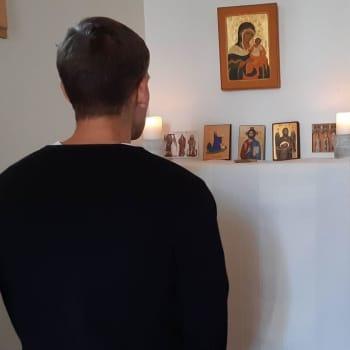 Kallad av Gud - civilingenjören Gustav Ahlman konverterade och studerar till katolsk präst i Frankrike