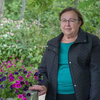 Hyvä koti on turvallinen, sanoo ansioitunut äiti Elina Lähdesmäki