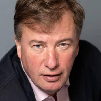 Staffan Bruun skrev bok om åländska miljonären Anders Wiklöf