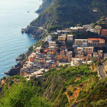 """Haluamme matkustaa """"kuin paikalliset"""" - miksi ja mitä se edes tarkoittaa, turismitutkija Salla Jokela?"""
