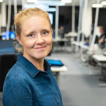 """Sisältöpäällikkö Kirsi Teräväinen: """"Se oli koko Suomea ravisuttava asia ja ihan ykköspäivä olla tässä roolissa"""""""