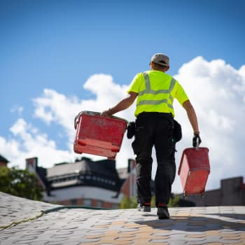 Kuinka rajuja työllistämistoimia tarvitaan, kun työttömät ja työpaikat eivät kohtaa?