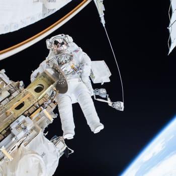 Avaruus on täynnä romua – sateliitteja lähetetään enemmän kuin kylmän sodan aikana