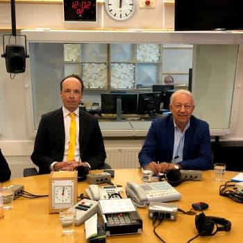 Eurovaalikeskustelussa Jussi Halla-aho (ps.), Pekka Puska (kesk.), Antton Rönnholm (sd.) ja Tuomas Tikkanen (kok.)