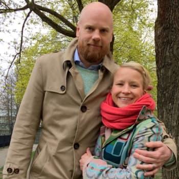 Lapsettomien lauantain vieraina Jenni ja Tuomas Huhtala
