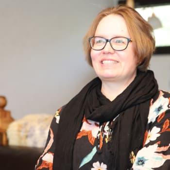 Äitienpäivänä palkittava Sanna Heikkinen: Oma aika pitää ottaa