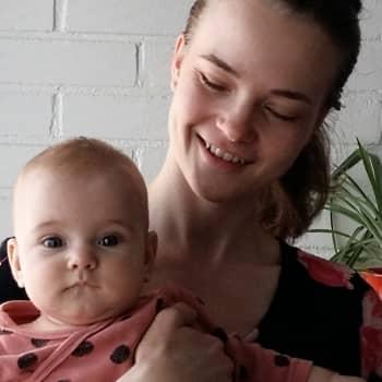 Ensimmäinen äitienpäivä äitinä