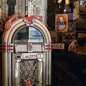 Vintage-valtakunnan Mike ja Tomppa: Meille vintage on populaarikulttuurin aikakausi ennen viivakoodia