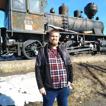Riku Outisen harrastus on junat ja rautatiet, varsinkin dieselveturit