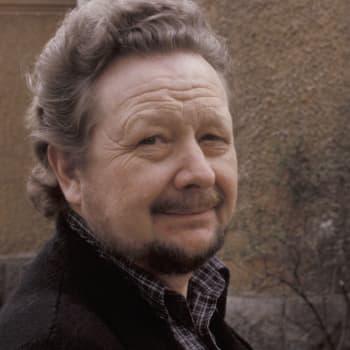 Lasse Pöysti aloittaa Tukholman Dramatenin johtajana, haastattelu vuodelta 1981
