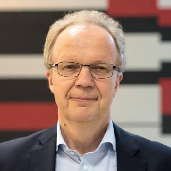 Unto Hämäläinen: Hallituksen kaataminen antoi keskustalle mahdollisuuden tavoitella vaalien kakkossijaa