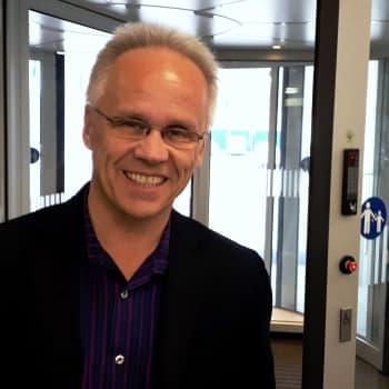 Mitä itäisessä Keski-Euroopassa on tapahtumassa, valtio-opin yliopistonlehtori Heino Nyyssönen?