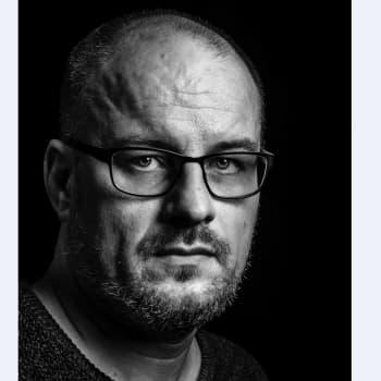 Tutkija Matti Kankaanniemi näkee romanit osana suomalaista historiankertomusta
