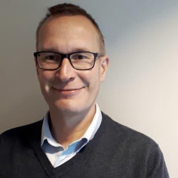 Kuinka merkittävässä muutosten vaiheessa EU juuri nyt on, Eduskuntatutkimuksen keskuksen johtaja Markku Jokisipilä