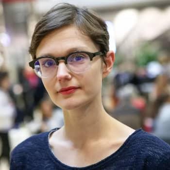 Mona Mannevuo: Kuinka liukuhihnatyöntekijöistä tehdään työn sankareita