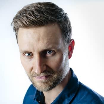 Pekka Juntti: Kun uusi kurkkii ikkunasta, ihmiskunta hyppää hervotonta hippaa