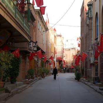 Kiina sulkee uiguureja salaisiin leireihin