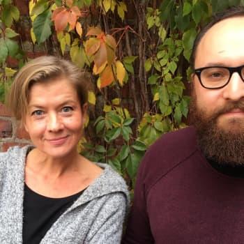 Journalisten Jeanette Björkqvist försöker leva helt ärligt