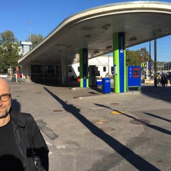 Huoltoasemien arkkitehtuuri on yhdenmukaistunut - arkkitehti kiinnostui, miltä Suomen bensikset näyttävät