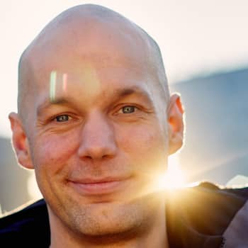 Aleksis Salusjärvi: Valeuutiset ja valesinä - miksi julkinen profiilisi on feikki