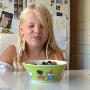 Siirillä on kymppiplussan hampaat, koska hänelle ei maistu makea: Harvinainen sairaus sai lopulta nimen