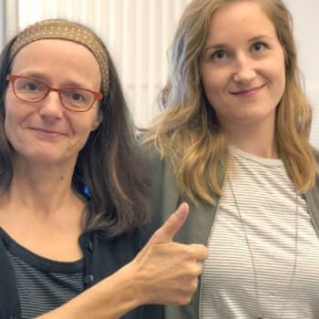 Toimittaja Katja Solla tahtoo kaikki sukupolvet digikelkan kyytiin