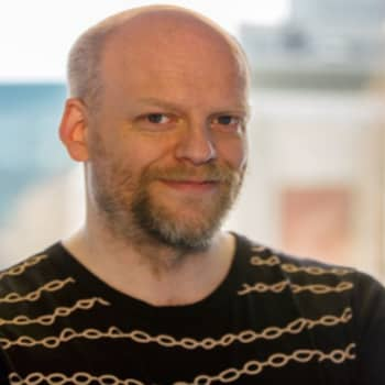 Ykkösaamu Kolumni Janne Saarikivi
