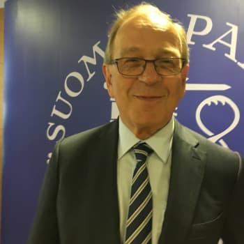 Erkki Liikanen: Vaikka nyt menee hyvin, Suomi ei pärjää yksin