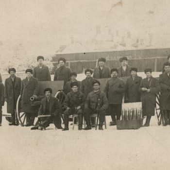 Sisällissota 1918 - punaiset muistot: Kaukaan herrojen ruokakätköillä (Aarne Nurminen, Lappeenranta)