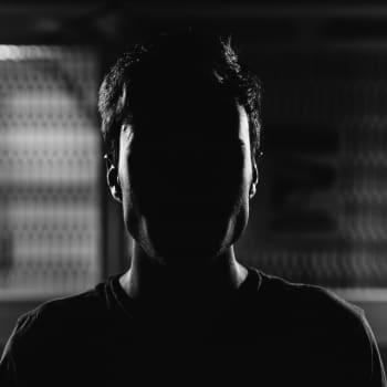 Sunnuntaivieras: Elämänhalu voitti huumeiden himon - nuoren miehen huumehuuruiseen elämään astui varovainen toivo