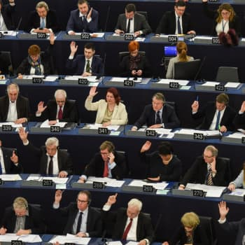 Ykkösaamu: Anneli Jäätteenmäki: Nyt on brexitin myötä historiallinen mahdollisuus pienentää EU-parlamentin kokoa
