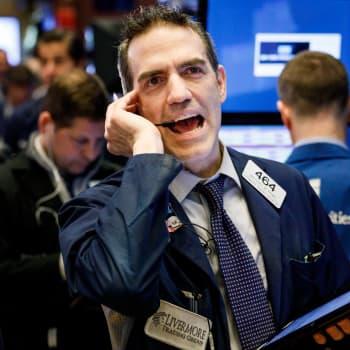 Ykkösaamu: Professori Vesa Puttonen: Maanantain pörssimyrsky oli markkinoiden hikka