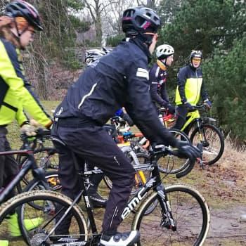 Radio Suomesta poimittuja: Antti Kuitto: Cyclocross-pyöräilyssä kiteytyy haasteellisuus ja hauskuus yhtaikaa