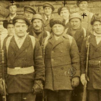 Sisällissota 1918 - punaiset muistot: Voimistelija ja järjestöaktiivi Napialan komppaniassa (Viljo Rautelin, Tervakoski)