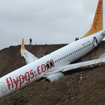 Ajantasa: Lentomatkustajien sometoilailut onnettomuustilanteessa